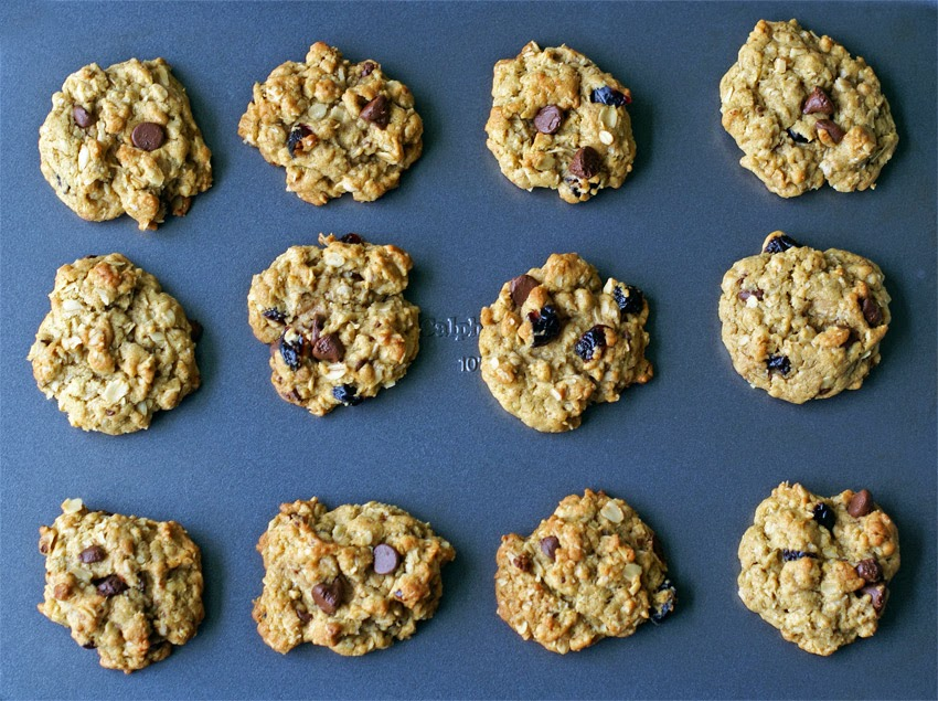 Packed with protein, antioxidants, and B-vitamins, these delicious cookies are great for breakfast on the go or an afternoon snack.
