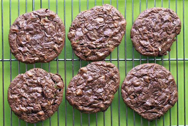 Delicious, thin, crispy chocolate cookies with white and dark chocolate chips. Perfect with milk or crumbled over ice cream.